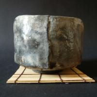 Raku-Schawan-grau-Wabi-sabi-chawan-Anna-Keil-Berlin-Keramik-413x413
